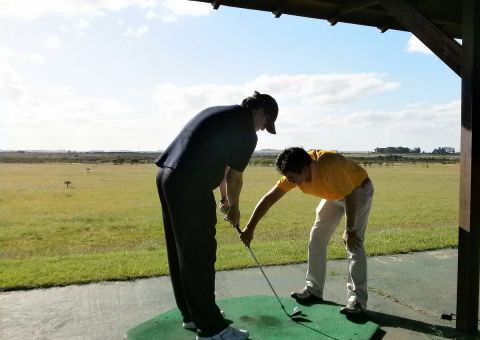ALTOS DEL ARAPEY   CLASES DE GOLF